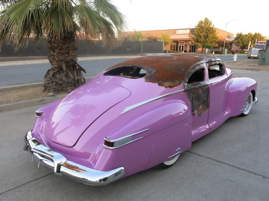 1946 Lincoln Zephyr Coupe V12 Custom Damaged