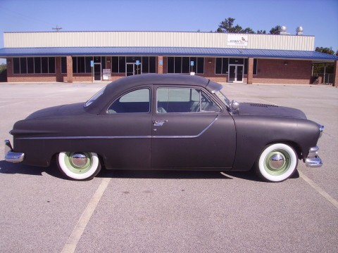 1951 Ford Custom Coupe 350 V8 for sale
