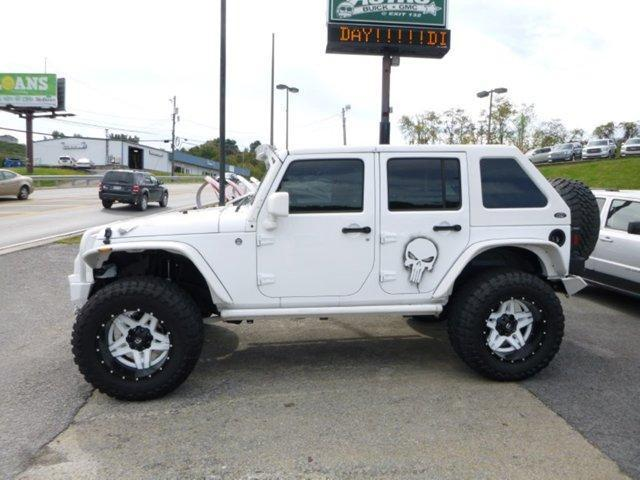 2015 Jeep Wrangler Unlimited 4WD 4DR Rubicon Custom