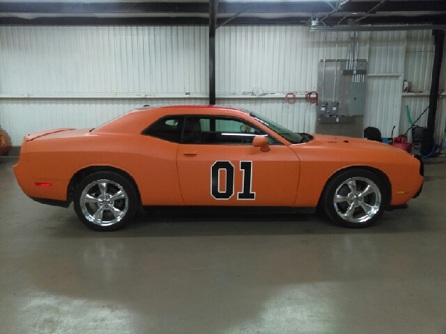 2011 Dodge Challenger RT HEMI General LEE