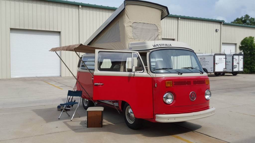 1976 VW Bus Camper Westfalia Pop Top Campmobile Westy Pop Up Van RV