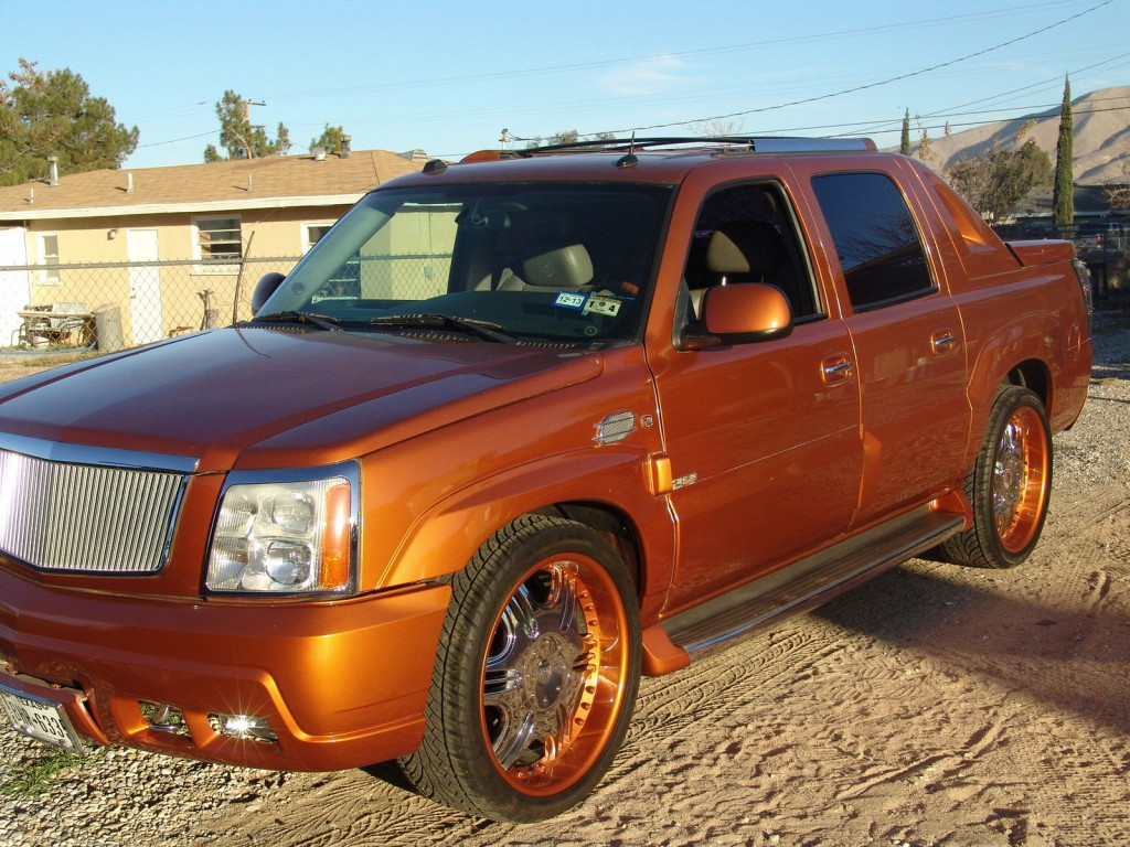 2004 Cadillac Escalade EXT Custom