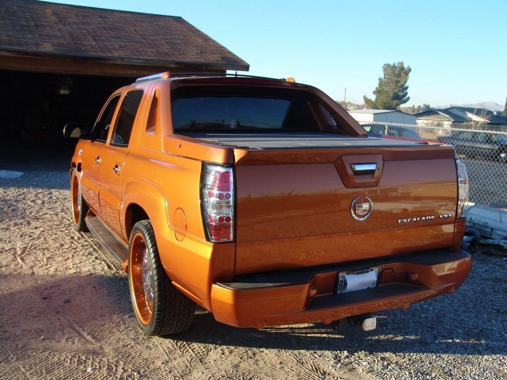 2004 Cadillac Escalade EXT Custom