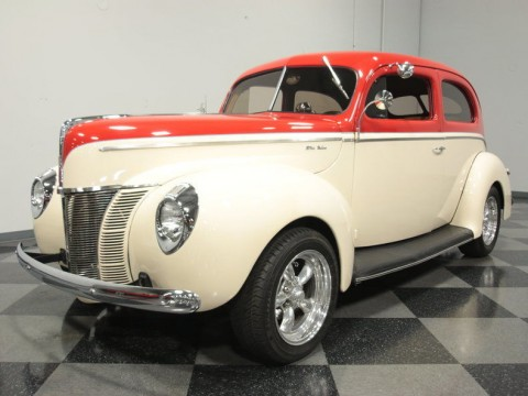 1940 Ford Deluxe custom sedan for sale