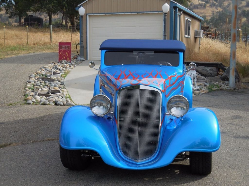 Frame up build 1934 Chevrolet Custom street rod