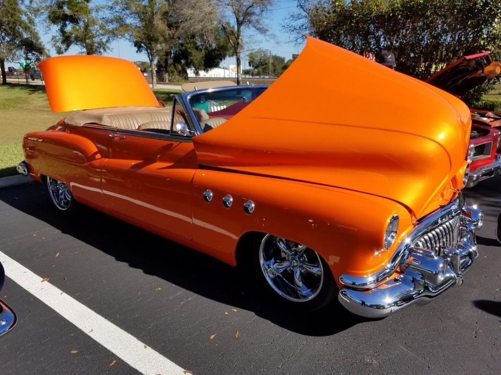 Head turner 1952 Buick Convertible Custom Street Rod