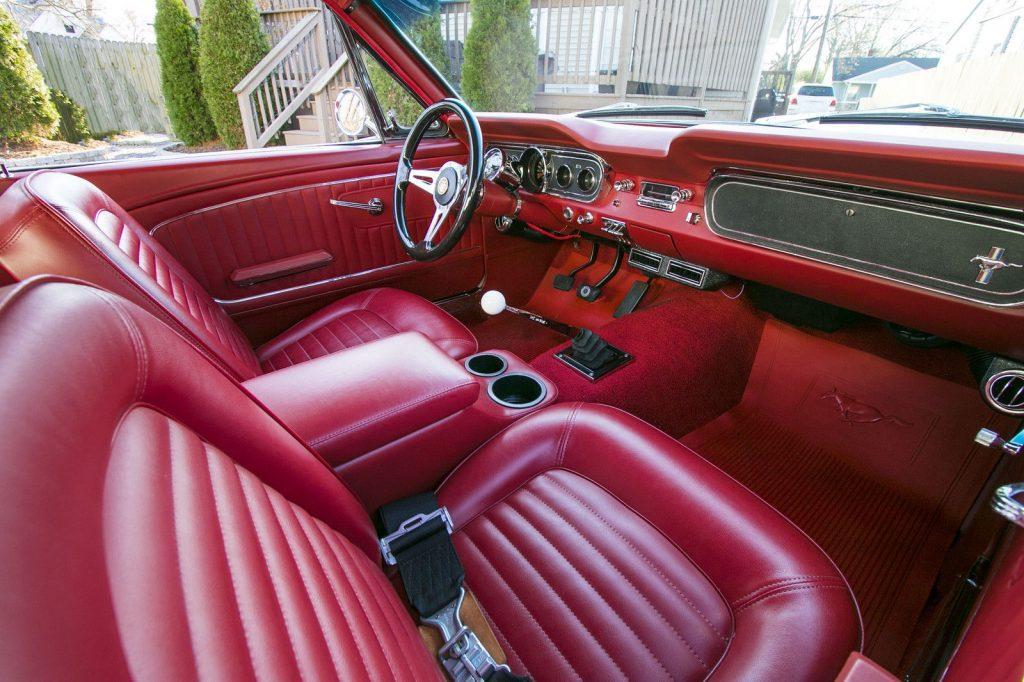 Restomod 1965 Ford Mustang custom