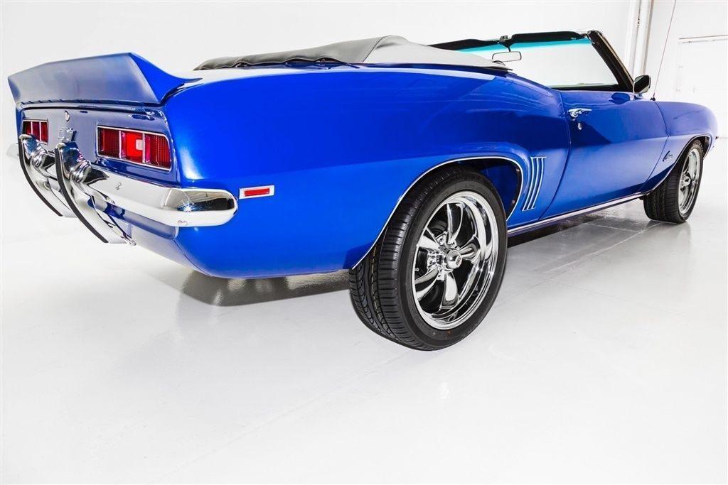 5 Speed 1969 Chevrolet Camaro Convertible ZZ4 custom
