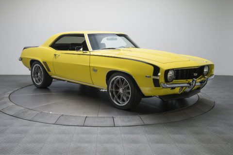 Cool cruiser 1969 Chevrolet Camaro custom for sale