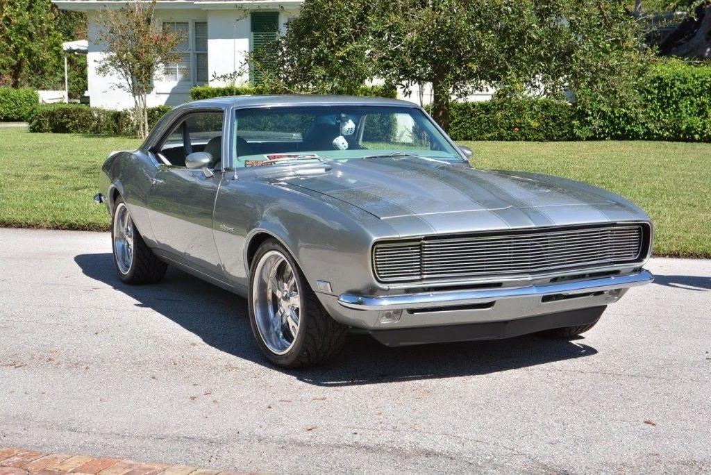 Resto mod 1968 Chevrolet Camaro SS Hardtop custom