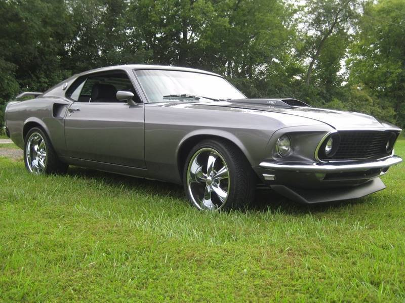 Restomod 1969 Ford Mustang custom