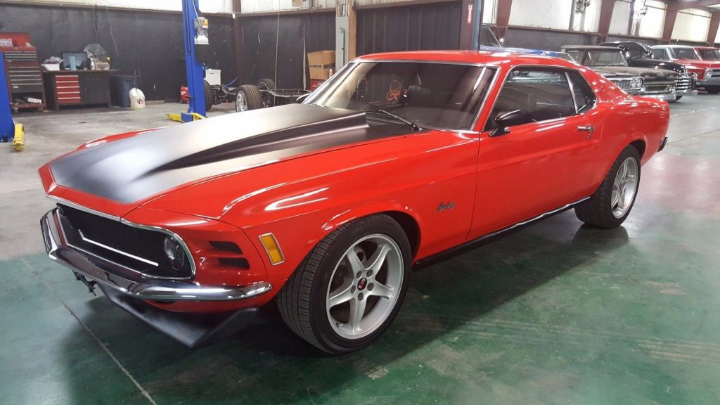 unique features 1970 Ford Mustang Fastback 302 5 Speed custom