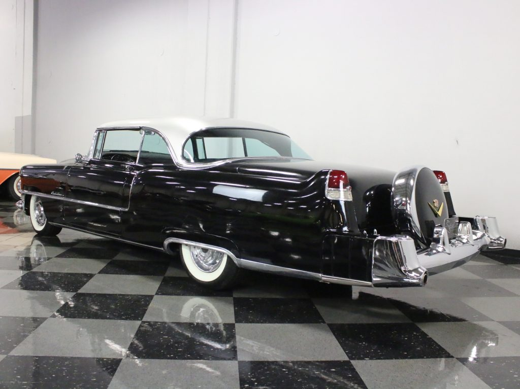 Resto mod 1955 Cadillac Series 62 Coupe custom new engine