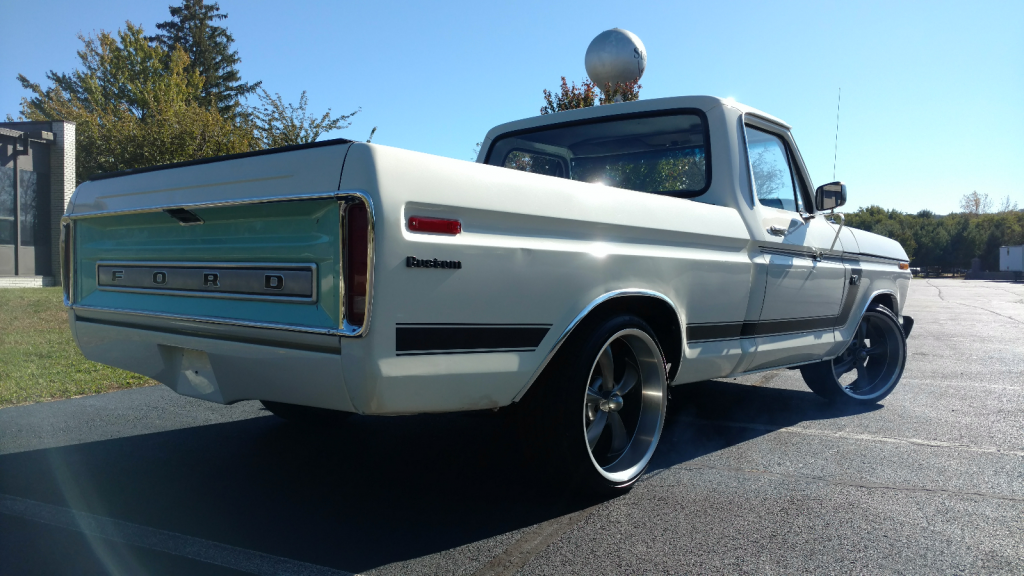awesomely modified 1974 Ford F 100 Custom