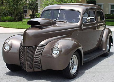 Beautiful 1940 Ford Tudor Sedan custom for sale