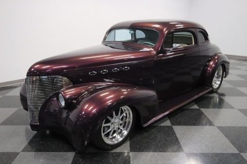 nicely modified 1939 Chevrolet Coupe custom for sale