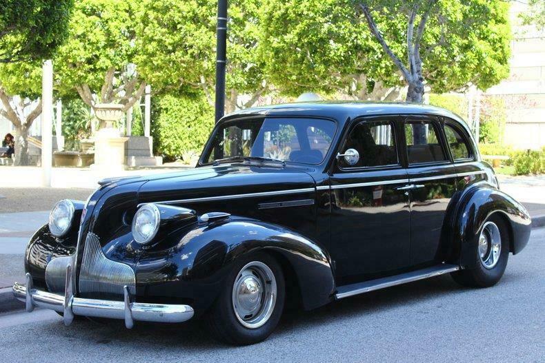 nicely modified 1938 Buick Sedan custom