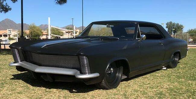 Restomod 1965 Buick Riviera custom