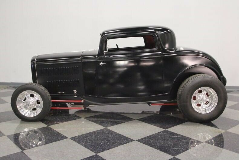 sharp 1932 Ford Coupe custom