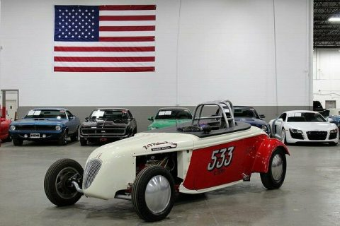 racing inspired 1933 Chevrolet Roadster custom for sale