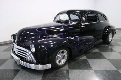 classic vintage 1947 Oldsmobile Sedan custom for sale