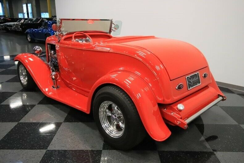 big block 1932 Ford Model A Roadster custom