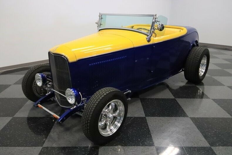 fuel injected 1932 Ford Roadster custom