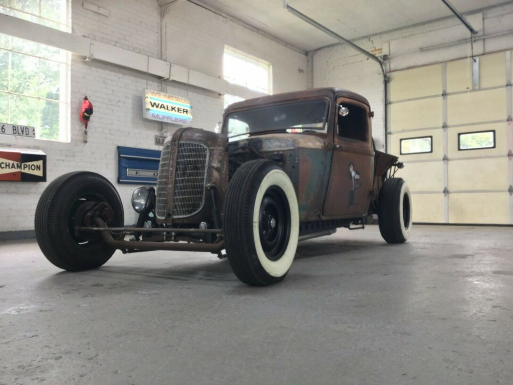nice patina 1933 Dodge Truck custom