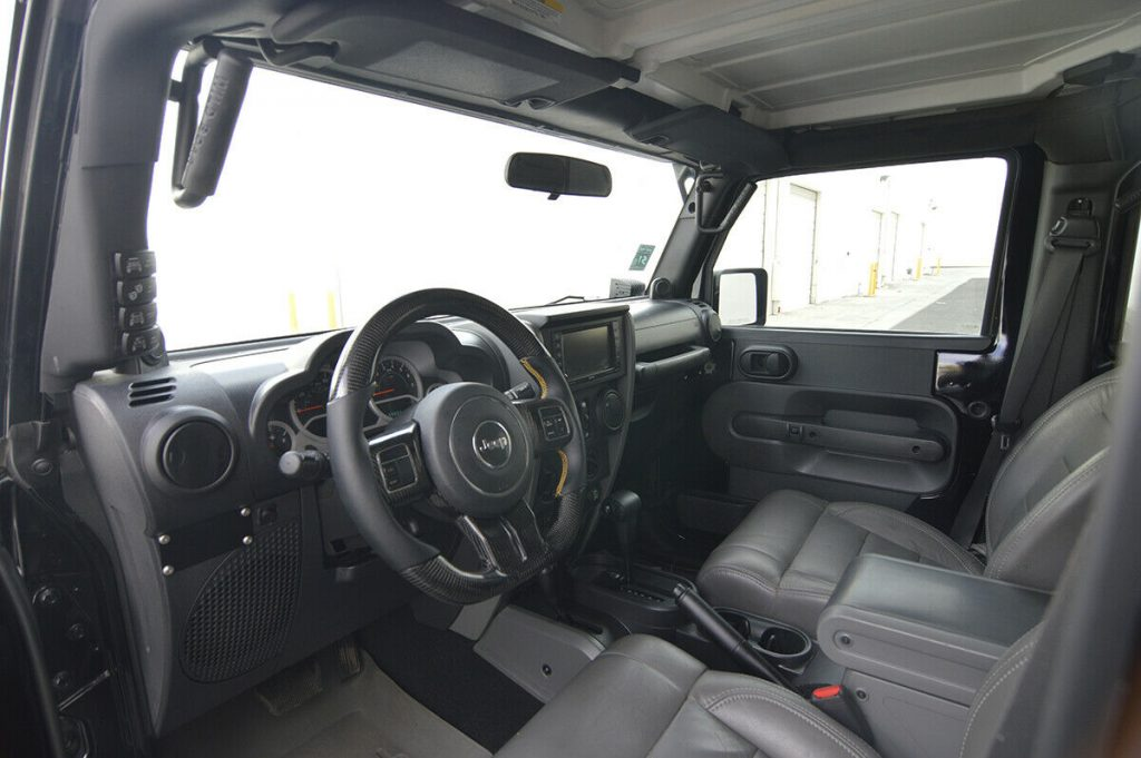 well modified 2010 Jeep Wrangler Rubicon Unlimited custom