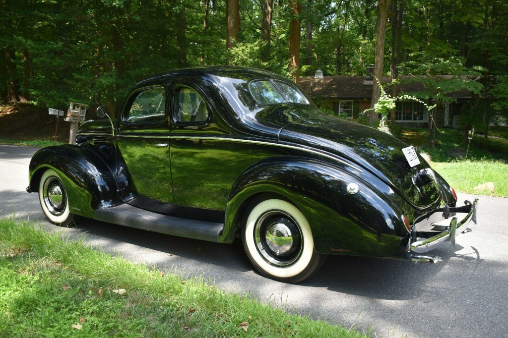 crate engine 1939 Ford Standard Coupe custom