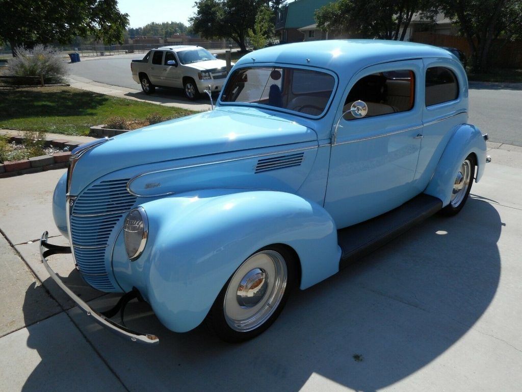 Professionally Tuned 1939 Ford Standard custom