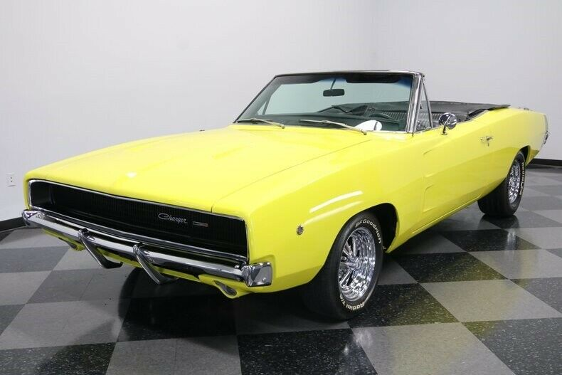 big block 1968 Dodge Charger Convertible Custom