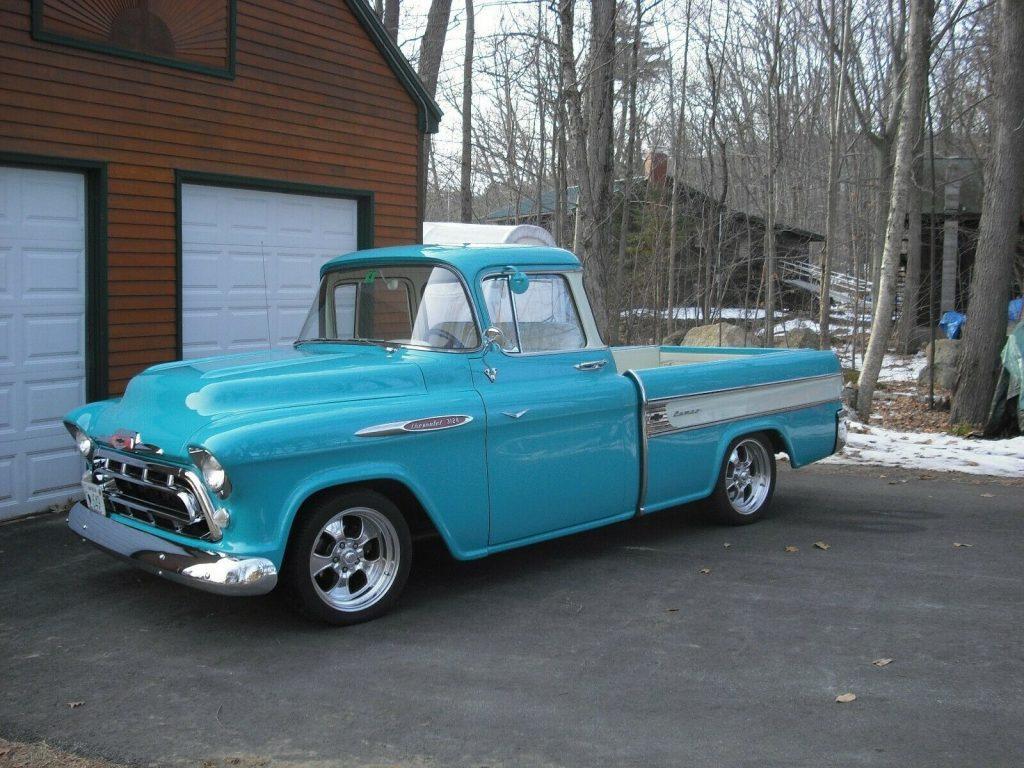 restomod 1957 Chevrolet Pickup custom