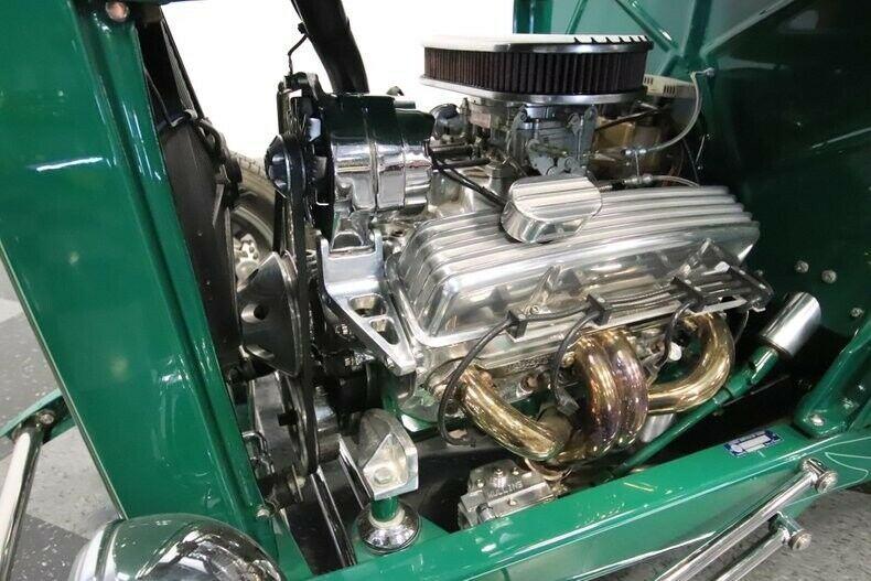 green beast 1932 Ford Roadster Custom