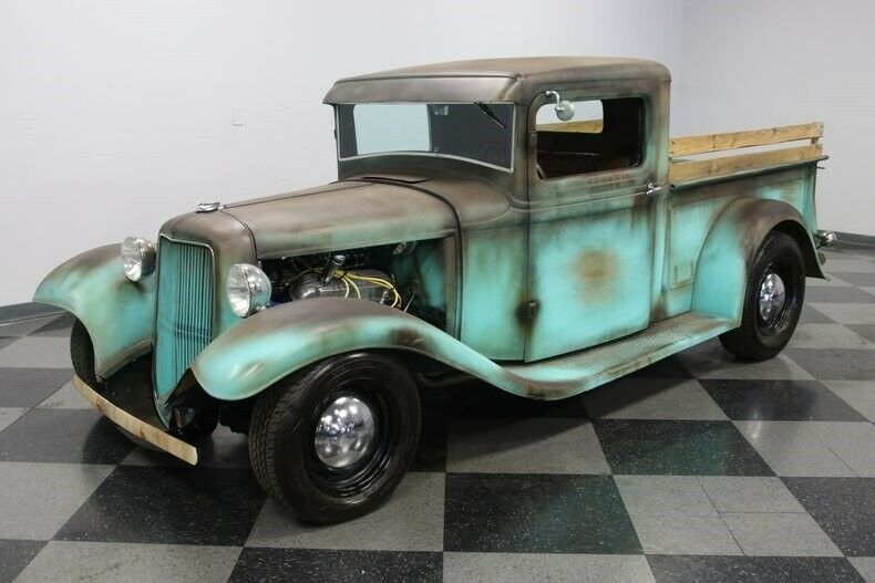 nice patina 1934 Ford Pickup Streetrod custom